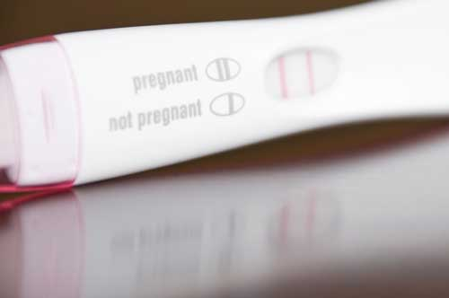 Image of a positive pregnancy test